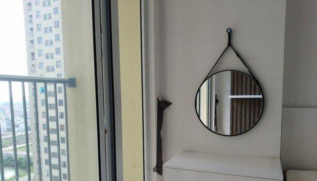 Gương treo tường trang trí không gian ấn tượng cho căn phòng nhỏ tràn đầy  sức sống