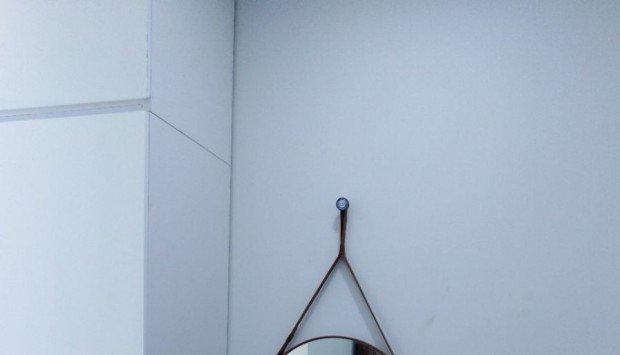 Gương tròn treo dây phù hợp mọi phong cách kiến trúc