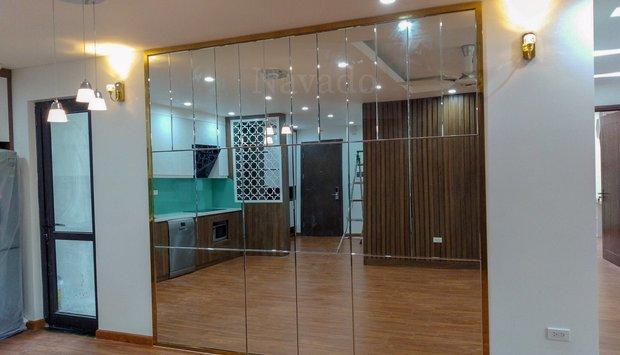 Gương  Bỉ cắt theo kích thước cho phòng tập múa, gym và yoga