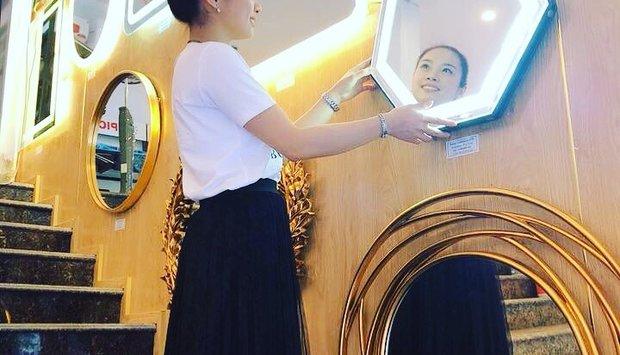 Gương bàn trang điểm có đèn navado