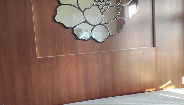 gương tân cổ điển ngủ trong không gian đẹp