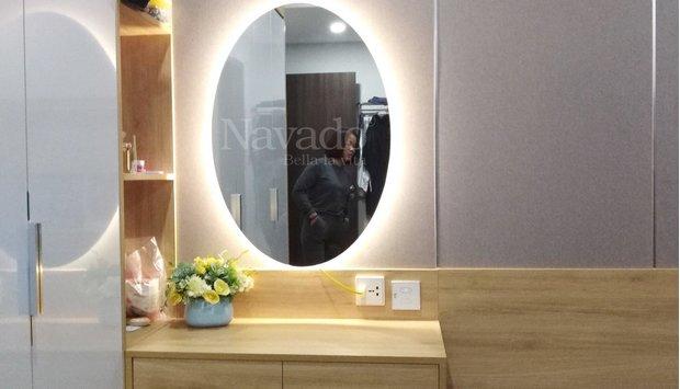 Gương treo tường phòng khách theo yêu cầu
