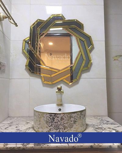Gương nghệ thuật phòng tắm Spider