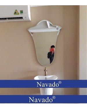 Gương treo phòng tắm decor hoa tuylip
