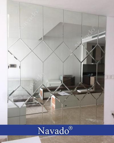 Gương ghép tường hiện đại cho phòng khách
