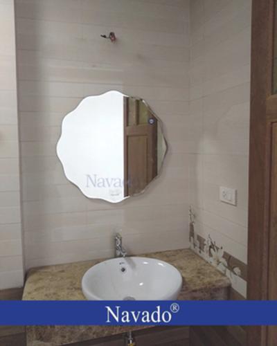 Gương decor phòng tắm Nav 543C
