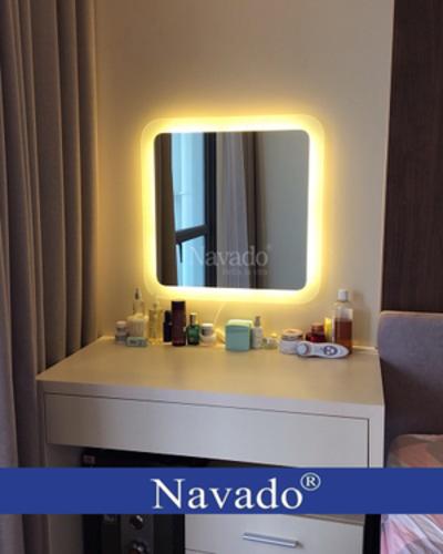 Gương led cho bàn trang điểm Navado