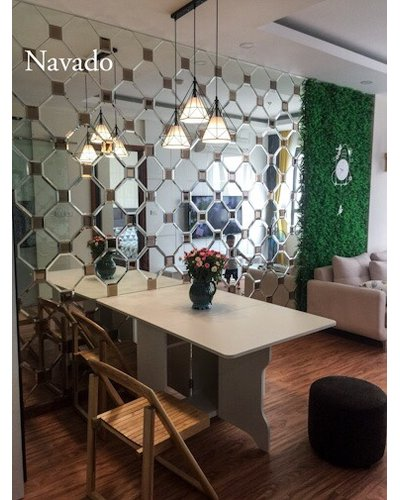 Gương ghép tường nghệ thuật phòng khách Navado