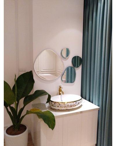 Gương ghép tường phòng khách Bãi đá