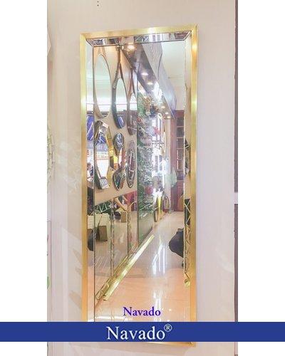 Gương soi toàn thân thay đồ nghệ thuật Navado