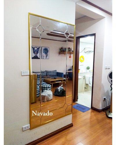 Gương phòng khách soi toàn thân sang trọng Navado