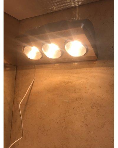 Đèn sưởi phòng tắm 3 bóng mùa đông treo tường Navado