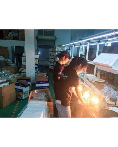 Đèn sưởi nhà tắm 2 bóng treo tường Nav-802