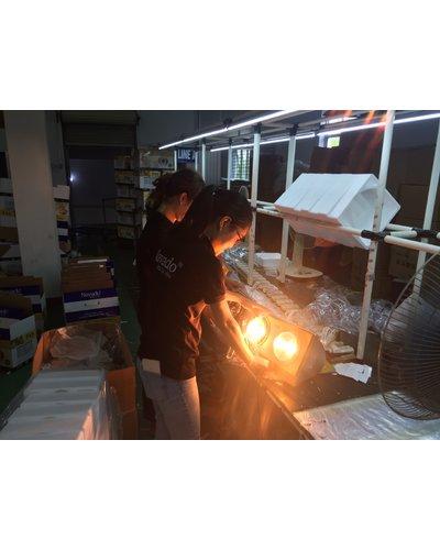 sản xuất đèn sưởi phòng tắm 3 bóng treo tường navado