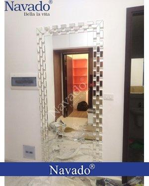 Gương soi toàn thân treo tường phòng khách Elizabeth