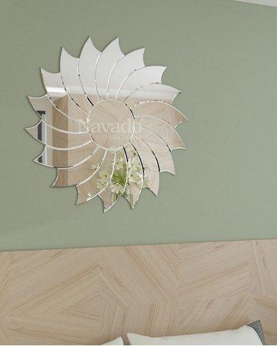 Gương trang trí phòng khách Villa
