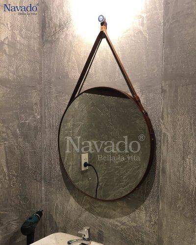 Gương treo dây da nâu nhà tắm D60cm