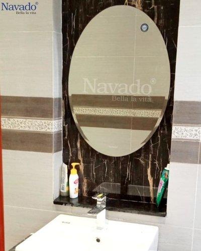 Gương trang điểm phòng tắm cao cấp 105B