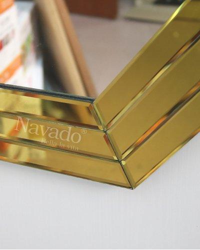 Gương trang trí phong khách Pisa gold