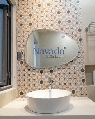 Gương bỉ decor phòng tắm đẹp 109C
