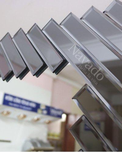 Gương treo trang trí nội thất Ferino black
