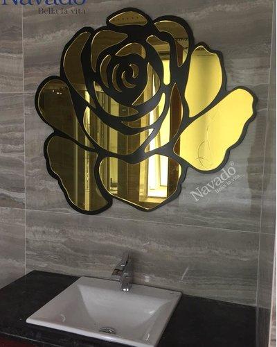 Gương trang trí phòng tắm Rose gold