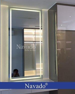 Gương trang điểm đèn led phòng ngủ