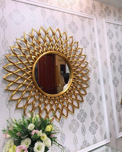 Gương trang trí phòng khách tân cổ điển Quảng Ninh