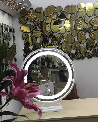 Gương đèn led để bàn trang điểm Navado