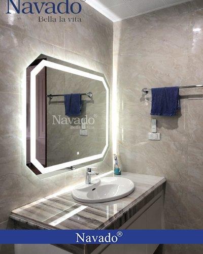Gương nhà tắm đèn led trắng 70 x 90 cm