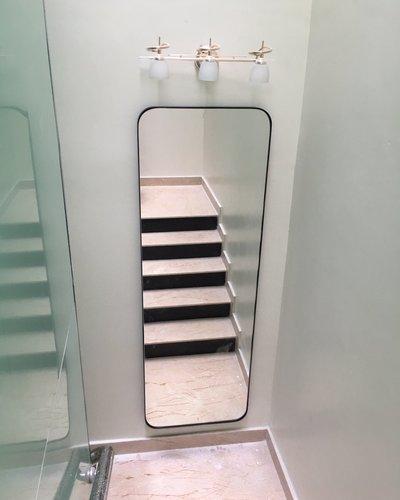 Gương soi toàn thân treo tường phòng khách khung thép mạ