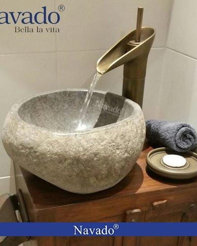 Chậu rửa mặt Lavabo đá cuội decor Hà Nội