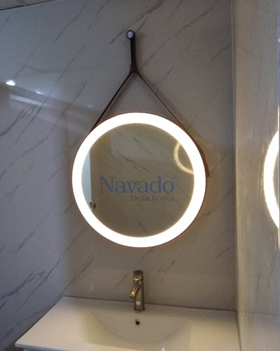 Gương tròn dây da nâu đèn led D500