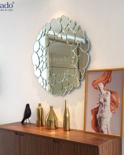 Gương nghệ thuật treo tường phòng khách