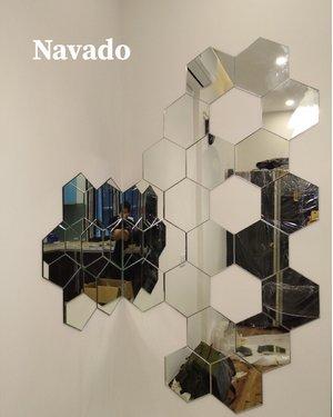 Gương trang trí bàn ăn ghép tường nghệ thuật lục giác