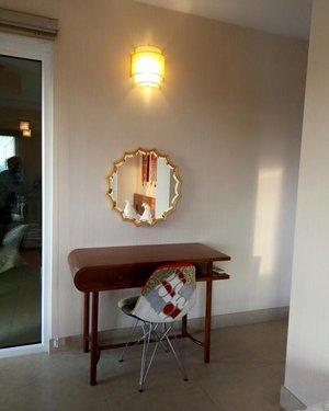 Gương nghệ thuật treo tường nội thất phòng ngủ Natasa