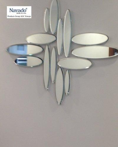 Gương trang trí treo tường dây thường xuân