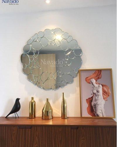 Gương nghệ thuật phòng khách Queen