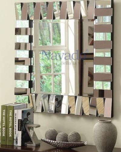 Gương decor phòng tắm The Word
