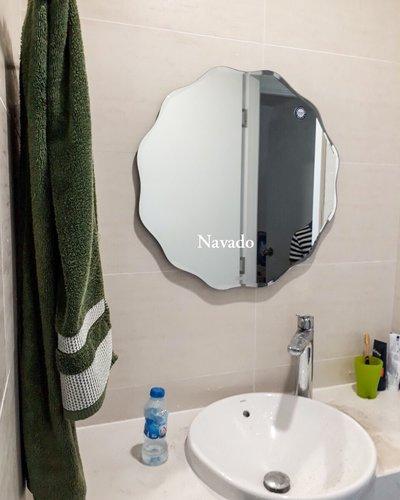 Gương phòng tắm cao cấp NAV 543B