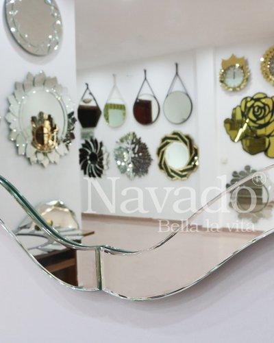 Gương trang trí treo tường phòng tắm Keva