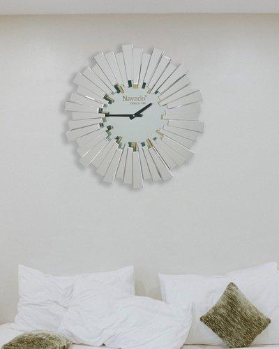 Đồng hồ treo tường hiện đại Lion